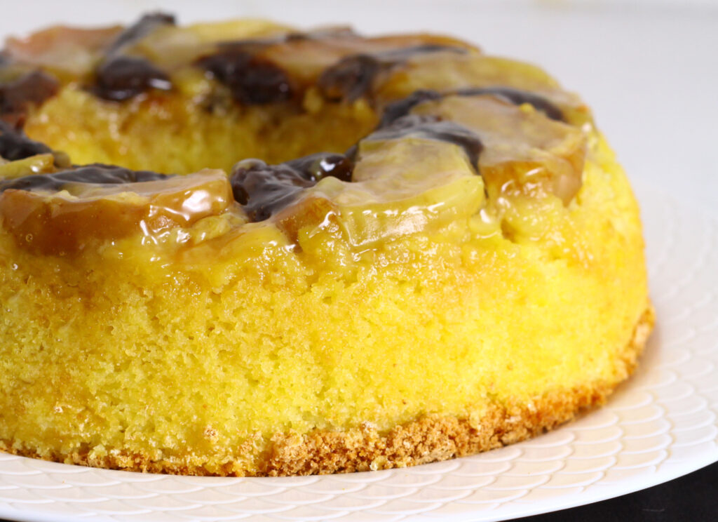 Receita de bolo de laranja e ameixa preta