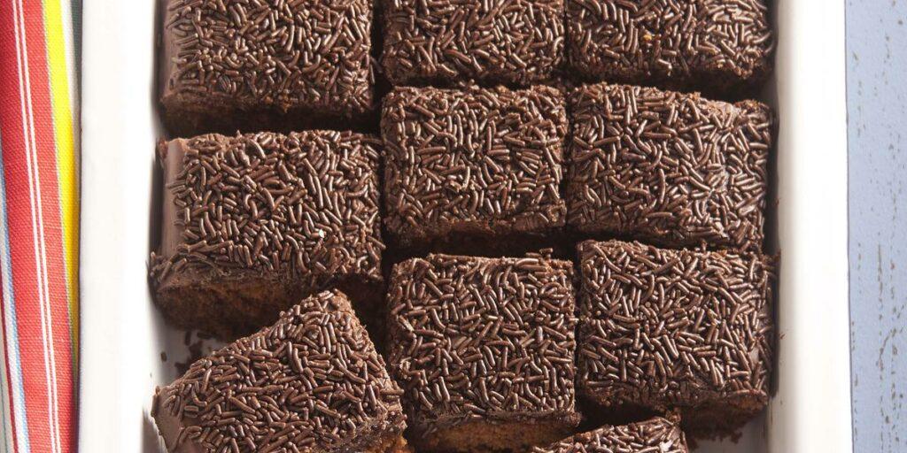 Conheça os bolos populares entre os brasileiros
