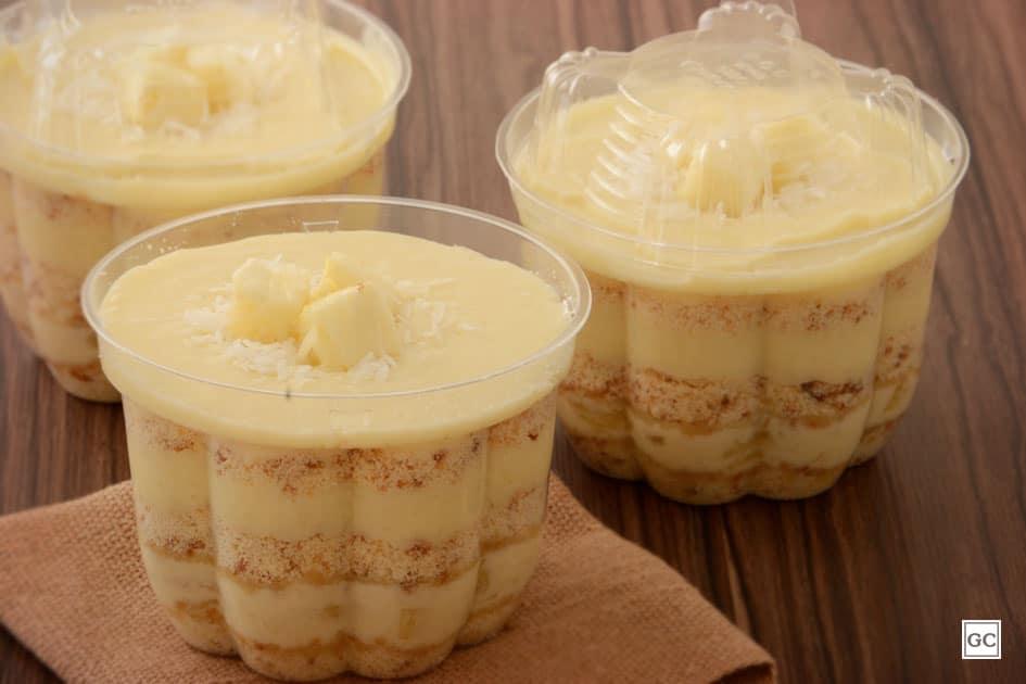 Receita de bolo de pote de abacaxi com coco