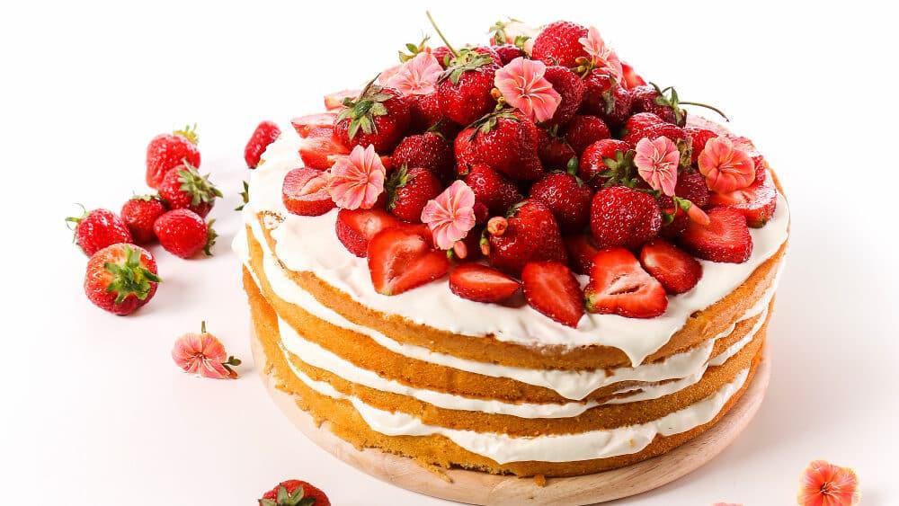 10 receitas de bolo de aniversário para animar sua festa!